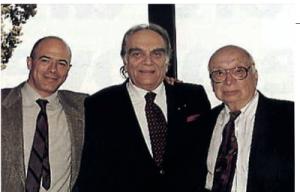Eufemio Del Buono, al centro, con il Colonnello Philip Corso e M. Baiata, fotografati al Caffé Zodiaco di Roma nel 1997.