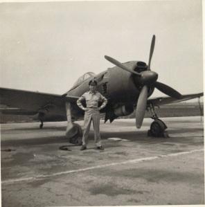 1946. Il capitano Wendelle Stevens al Flight Test ATIC. (Foto: Archivio Wendelle Stevens).